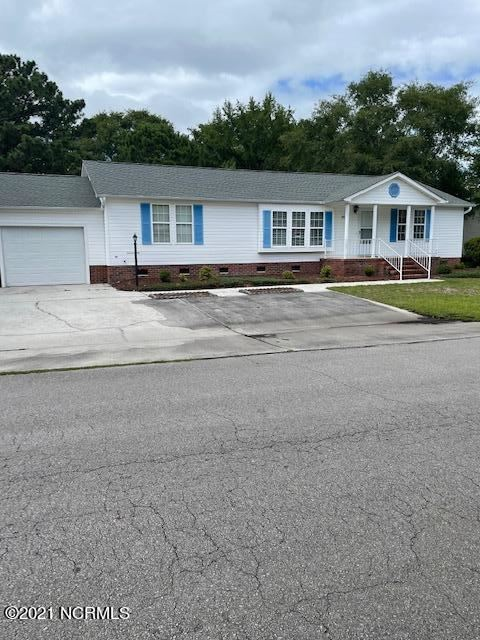 Photo for 393 Loblolly Trail, Hampstead, NC 28443 (MLS # 100281372)