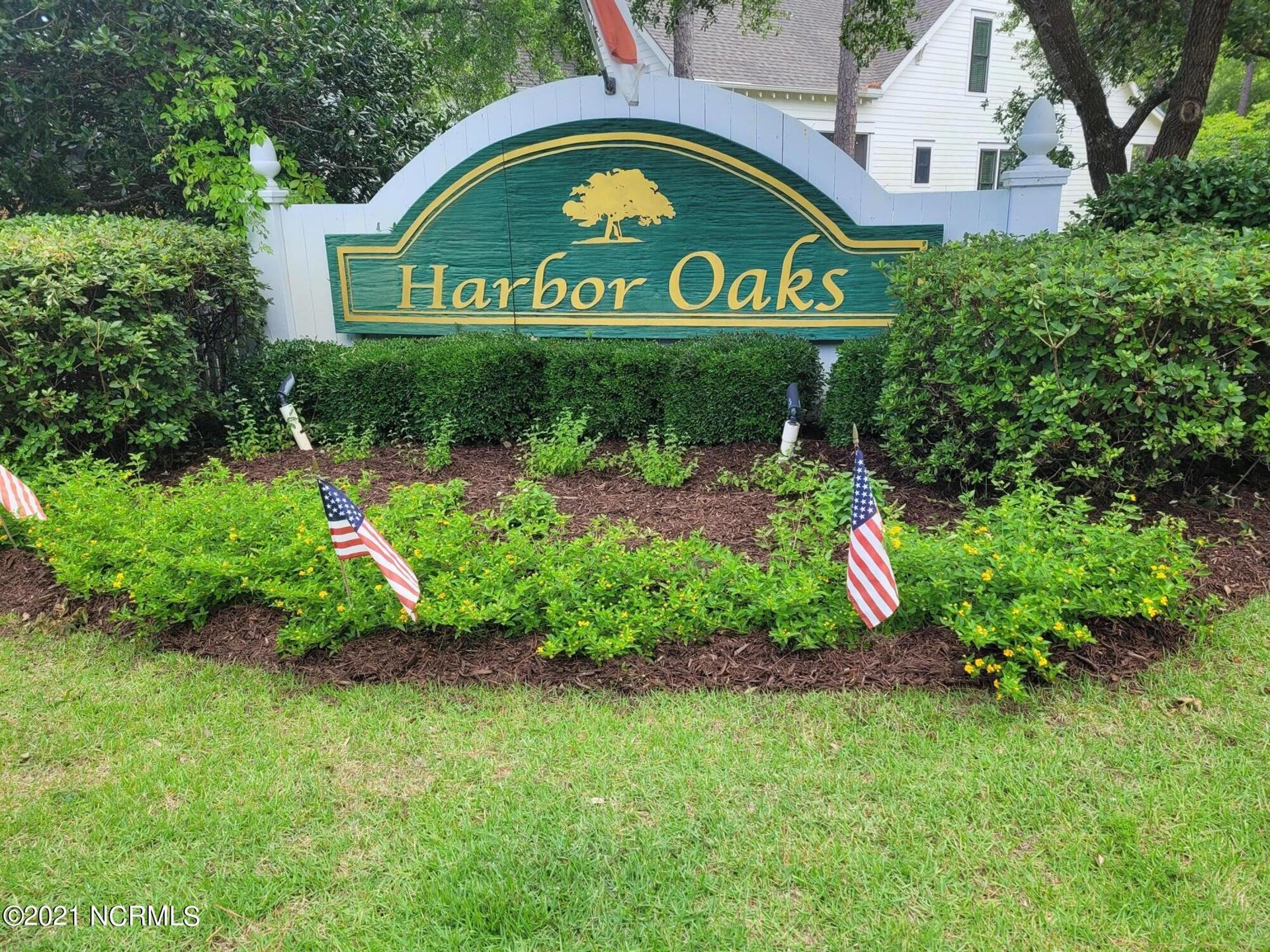 Photo of 5109 Hollow Tree Drive, Southport, NC 28461 (MLS # 100277376)