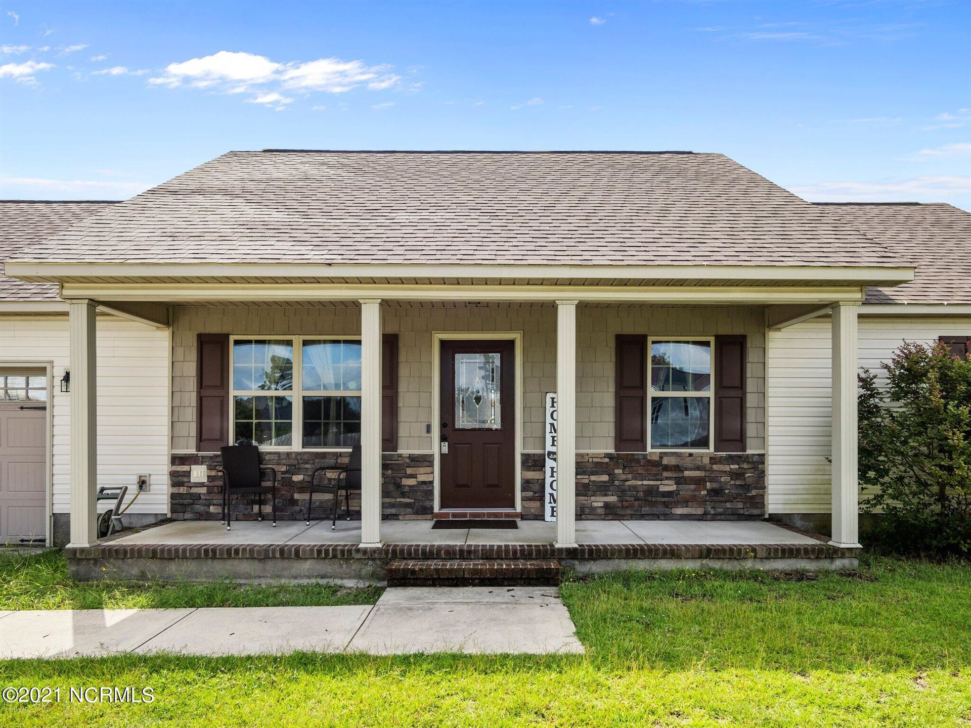 Photo of 110 Prospect Drive, Richlands, NC 28574 (MLS # 100287376)