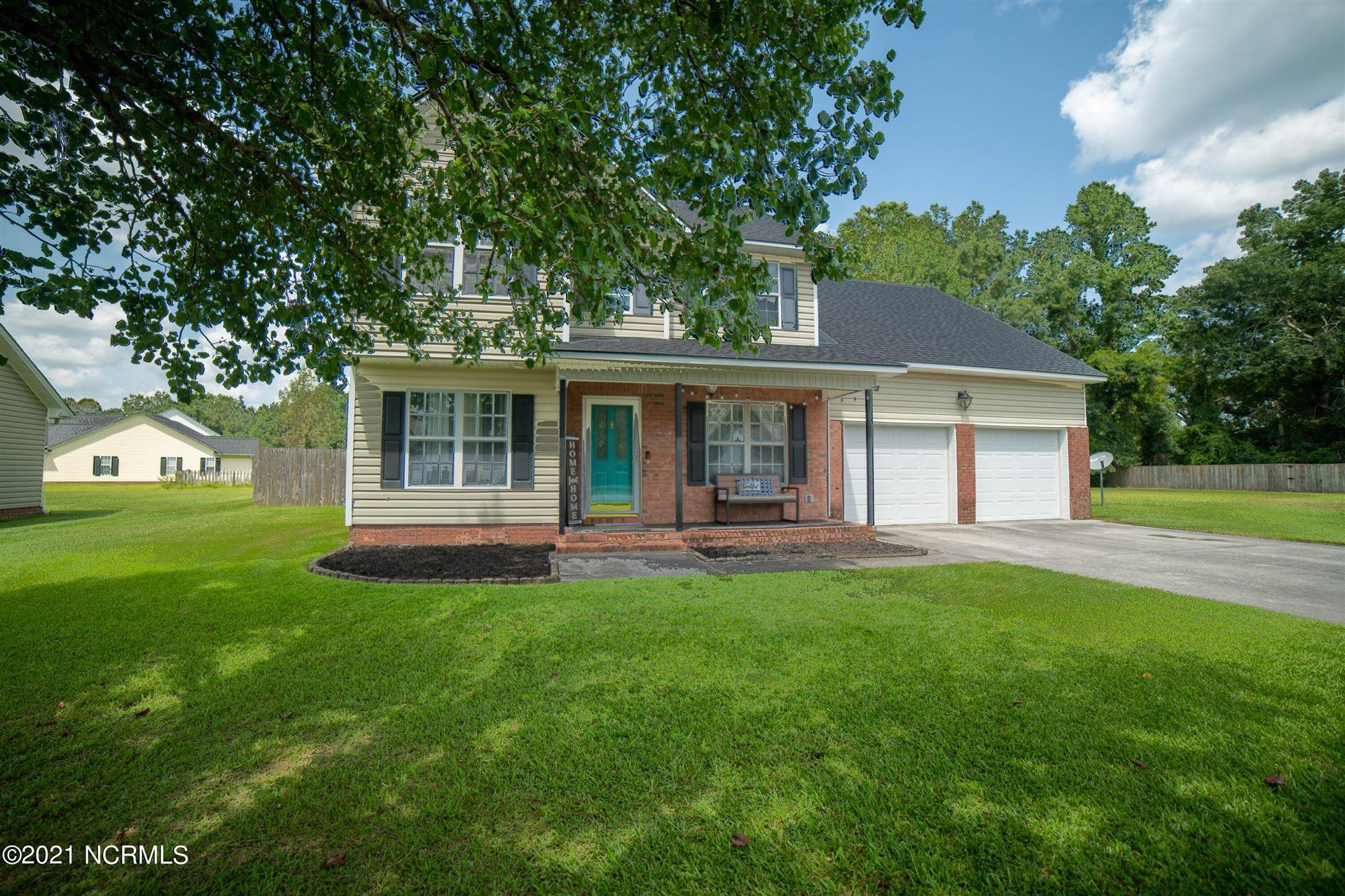 Photo of 136 Bridlewood Drive, Jacksonville, NC 28540 (MLS # 100289378)
