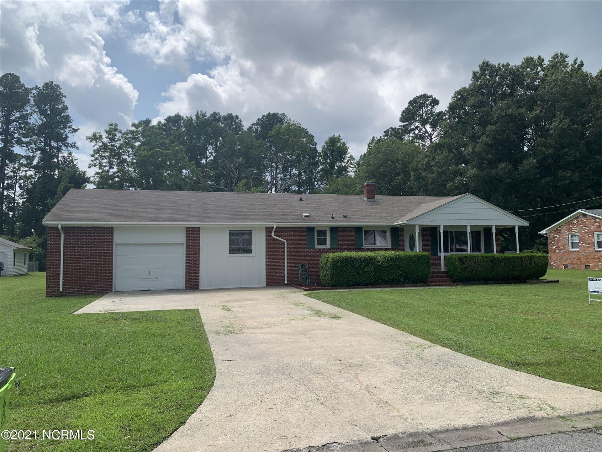 Photo of 619 Lee Drive, Havelock, NC 28532 (MLS # 100285379)