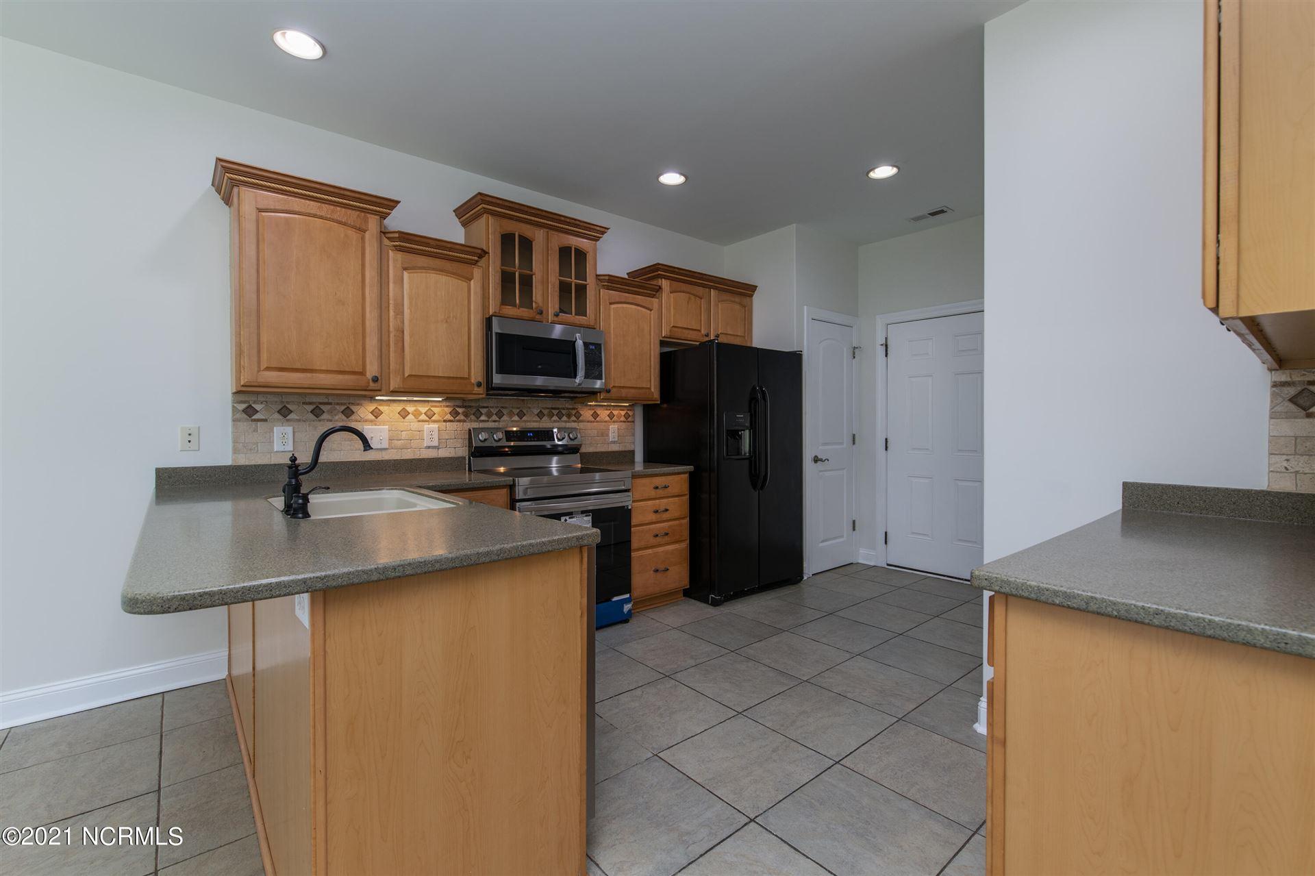 Photo of 114 Jordan Drive, New Bern, NC 28562 (MLS # 100293380)