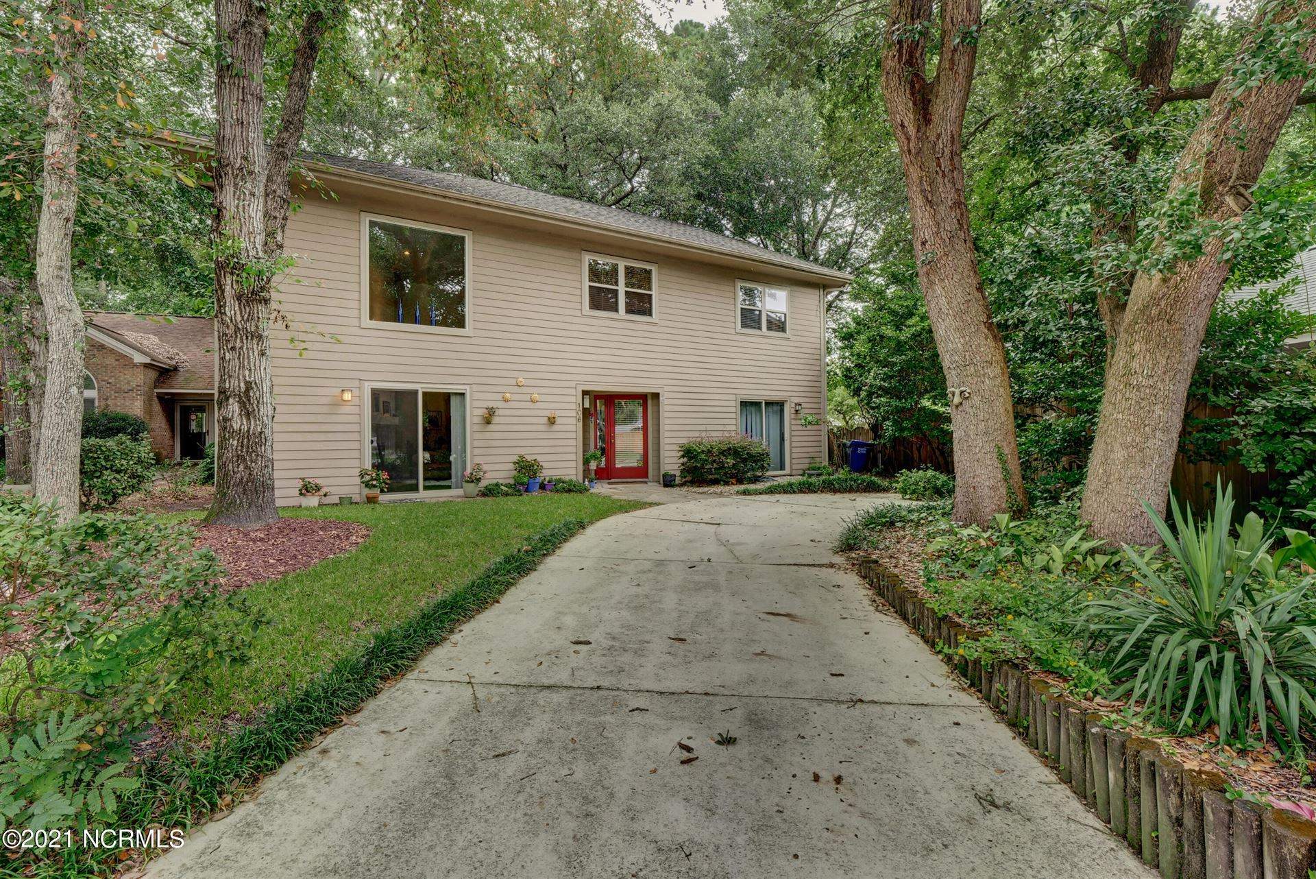 Photo of 106 Thickett Place, Wilmington, NC 28409 (MLS # 100290381)