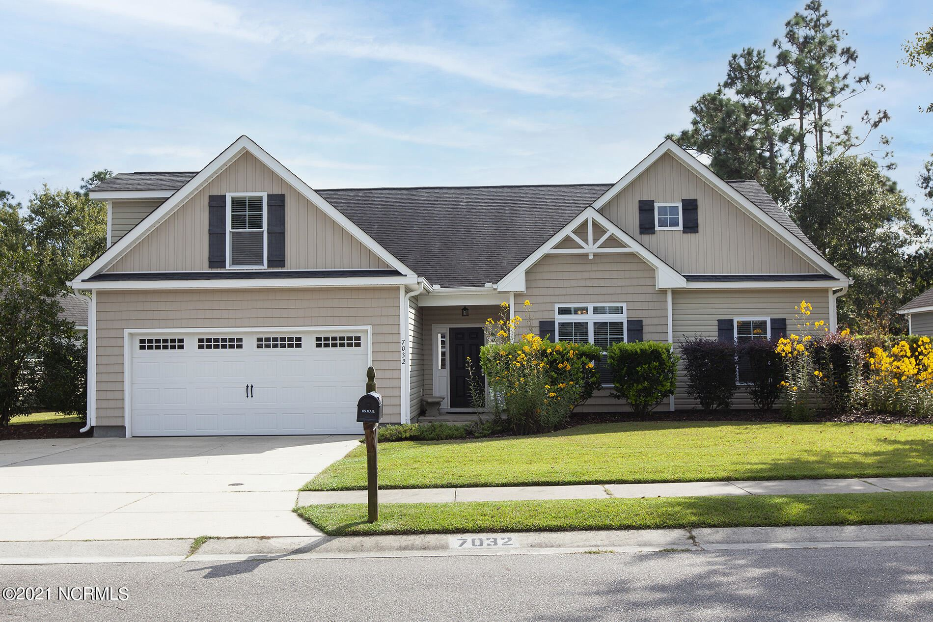 Photo of 7032 Forest Bend Lane, Wilmington, NC 28411 (MLS # 100295381)