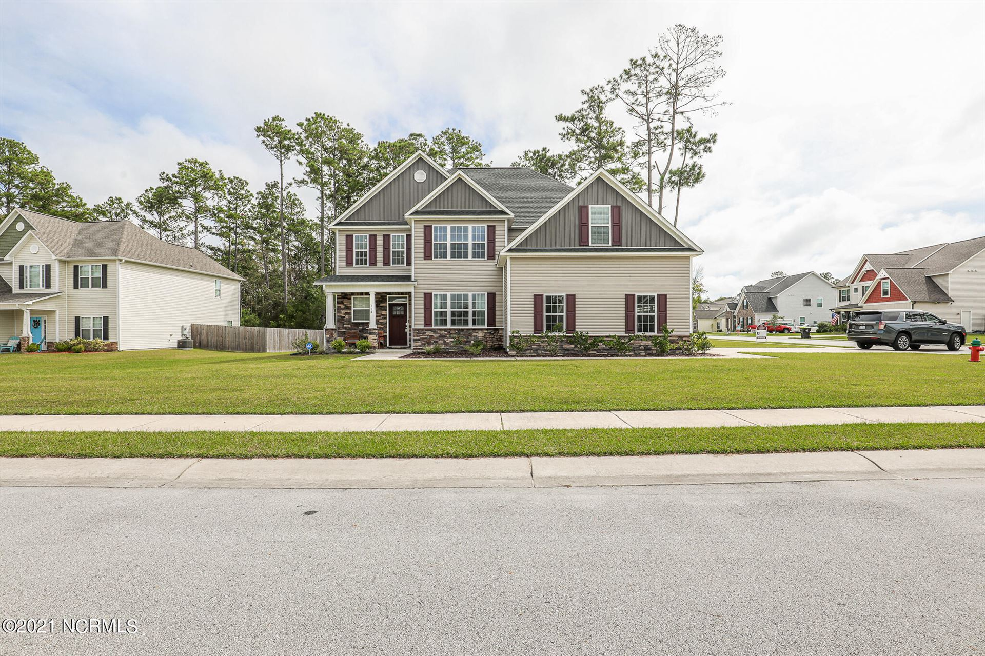 Photo of 114 Park Place Drive, Swansboro, NC 28584 (MLS # 100293384)