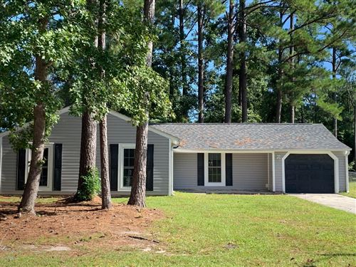 Photo of 636 Shadowridge Road, Jacksonville, NC 28546 (MLS # 100193385)