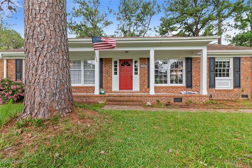 Photo of 823 Oakwood Avenue, Jacksonville, NC 28546 (MLS # 100226386)