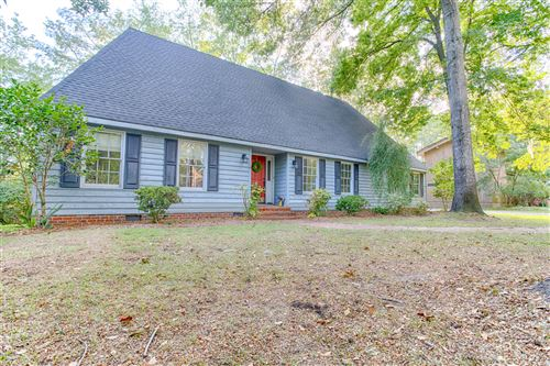 Photo of 109 Riverview Drive, Washington, NC 27889 (MLS # 100156387)