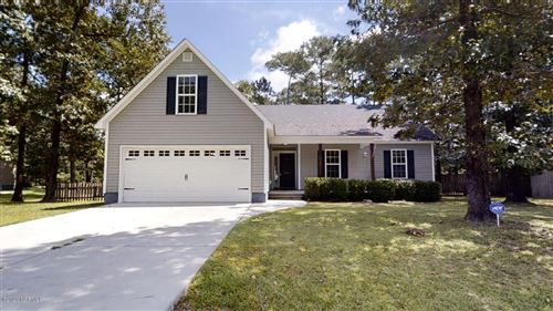 Photo of 318 Sugarberry Court, Jacksonville, NC 28540 (MLS # 100232387)