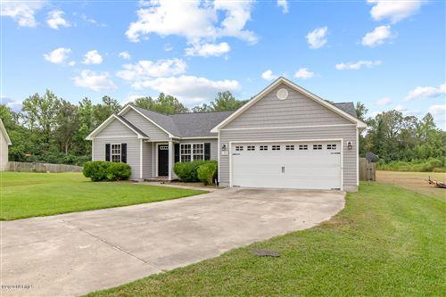 Photo of 136 Woodbury Farm Drive, Jacksonville, NC 28540 (MLS # 100233389)