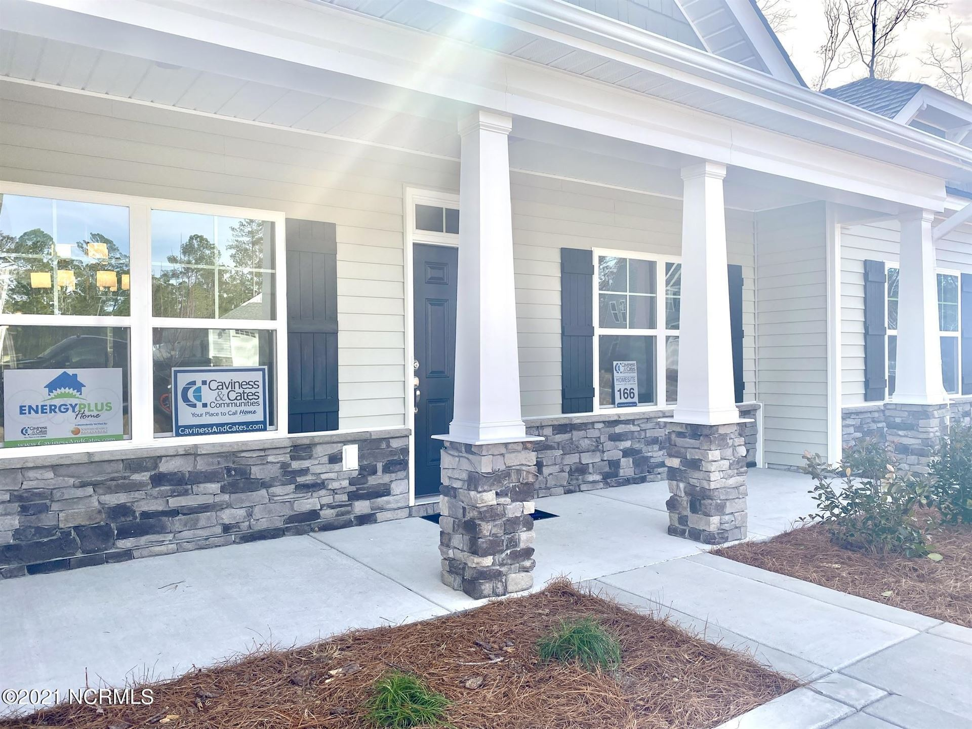 Photo of 927 Habersham Avenue, Rocky Point, NC 28457 (MLS # 100271389)