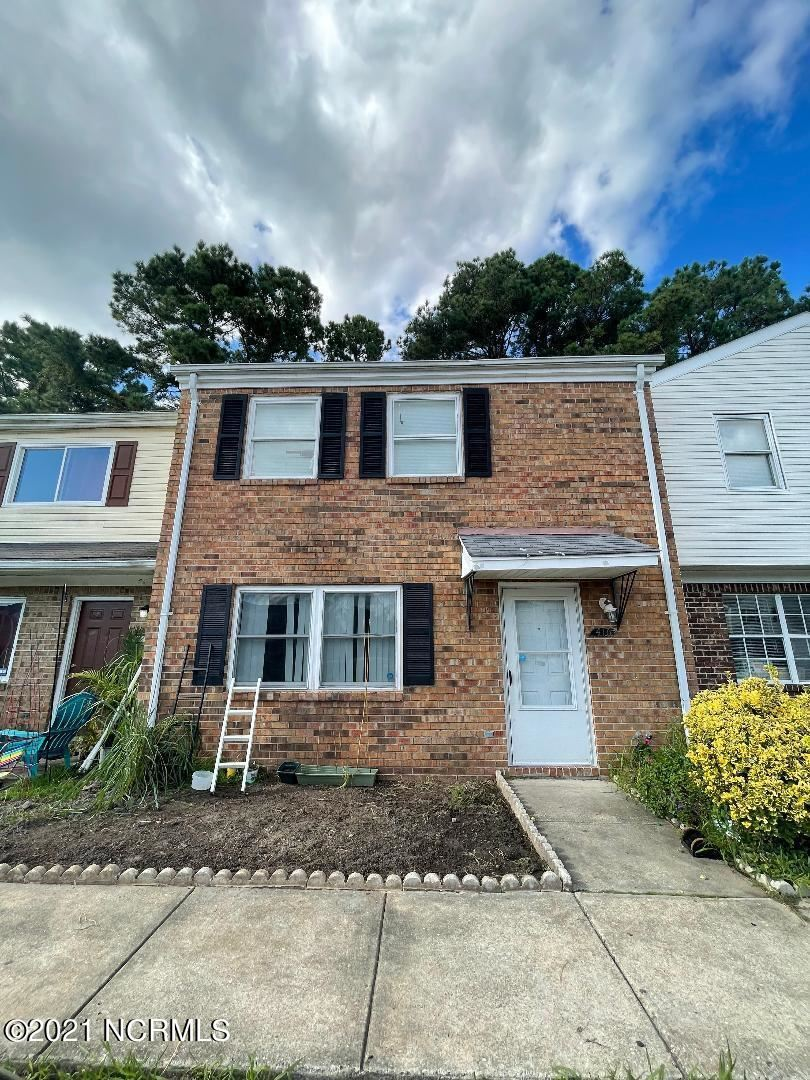 Photo of 416 Myrtlewood Circle, Jacksonville, NC 28546 (MLS # 100292391)