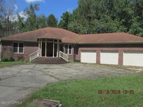 Photo of 316 E Camp Kiro Road, New Bern, NC 28560 (MLS # 100134392)