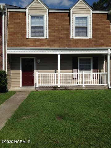 Photo of 108 Palace Circle, Jacksonville, NC 28546 (MLS # 100225395)