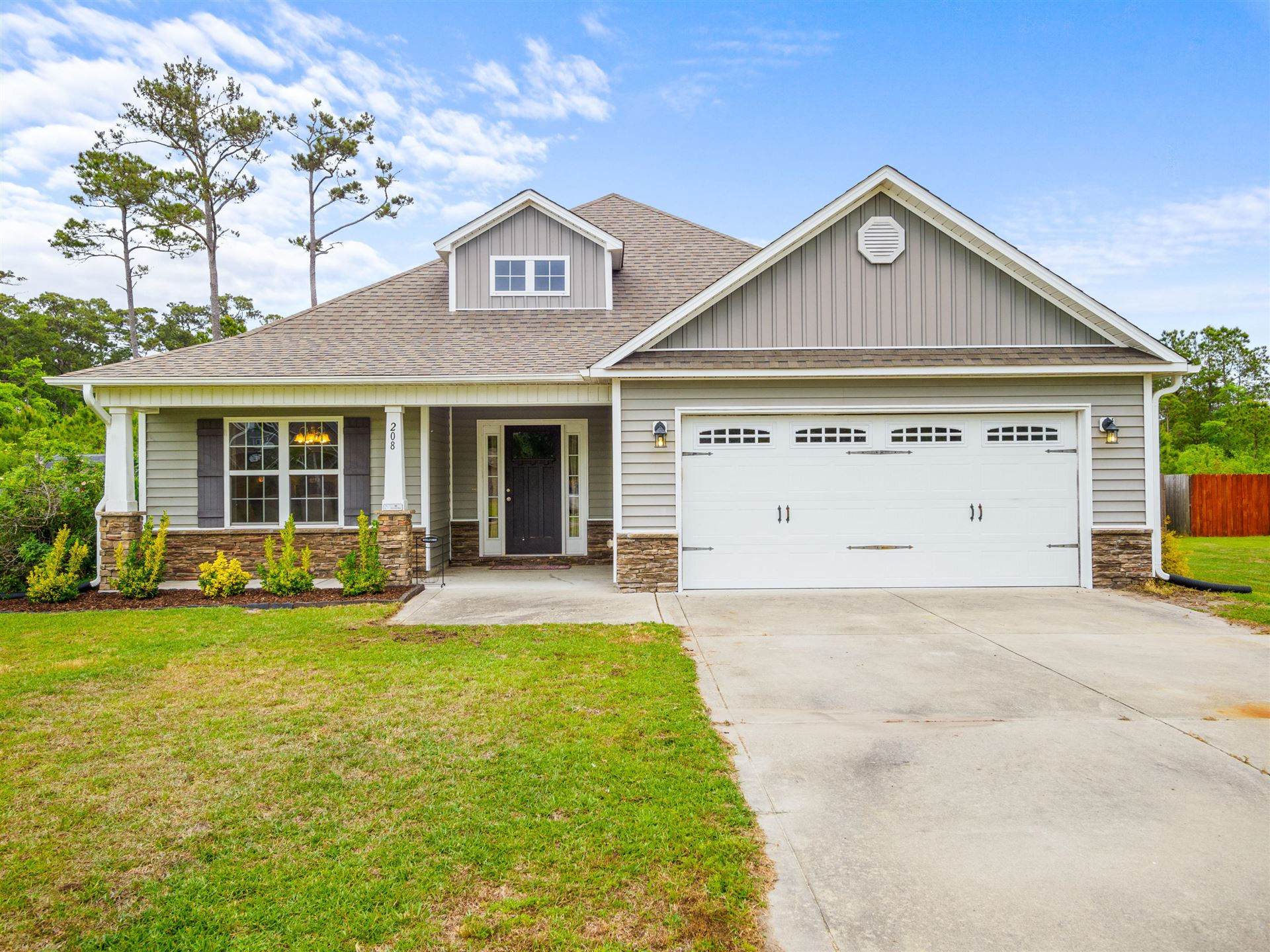 208 Marsh Haven Drive, Sneads Ferry, NC 28460 - #: 100270396