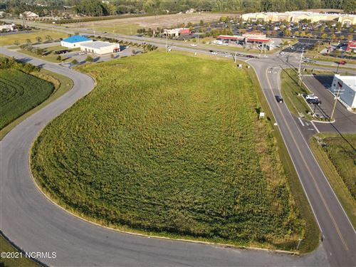 Photo of 1309 Brentway Avenue, Williamston, NC 27892 (MLS # 100225398)