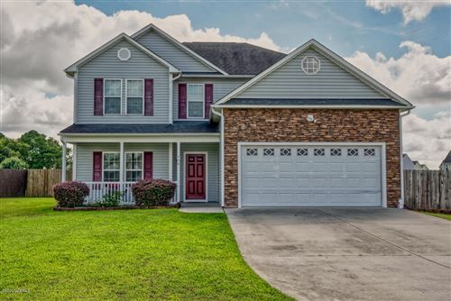 Photo of 408 Esquire Drive, Richlands, NC 28574 (MLS # 100232398)