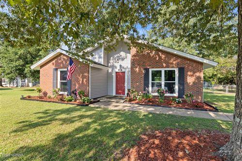 Photo of 510 S Pine Cone Lane, Jacksonville, NC 28546 (MLS # 100227401)