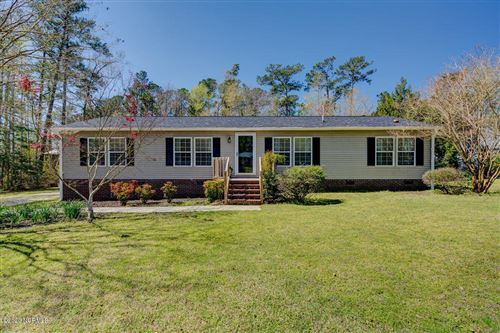 Photo of 550 Groves Point Drive, Hampstead, NC 28443 (MLS # 100211402)
