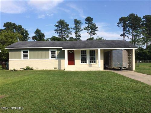 Photo of 2512 Beechwood Drive, Tarboro, NC 27886 (MLS # 100284403)