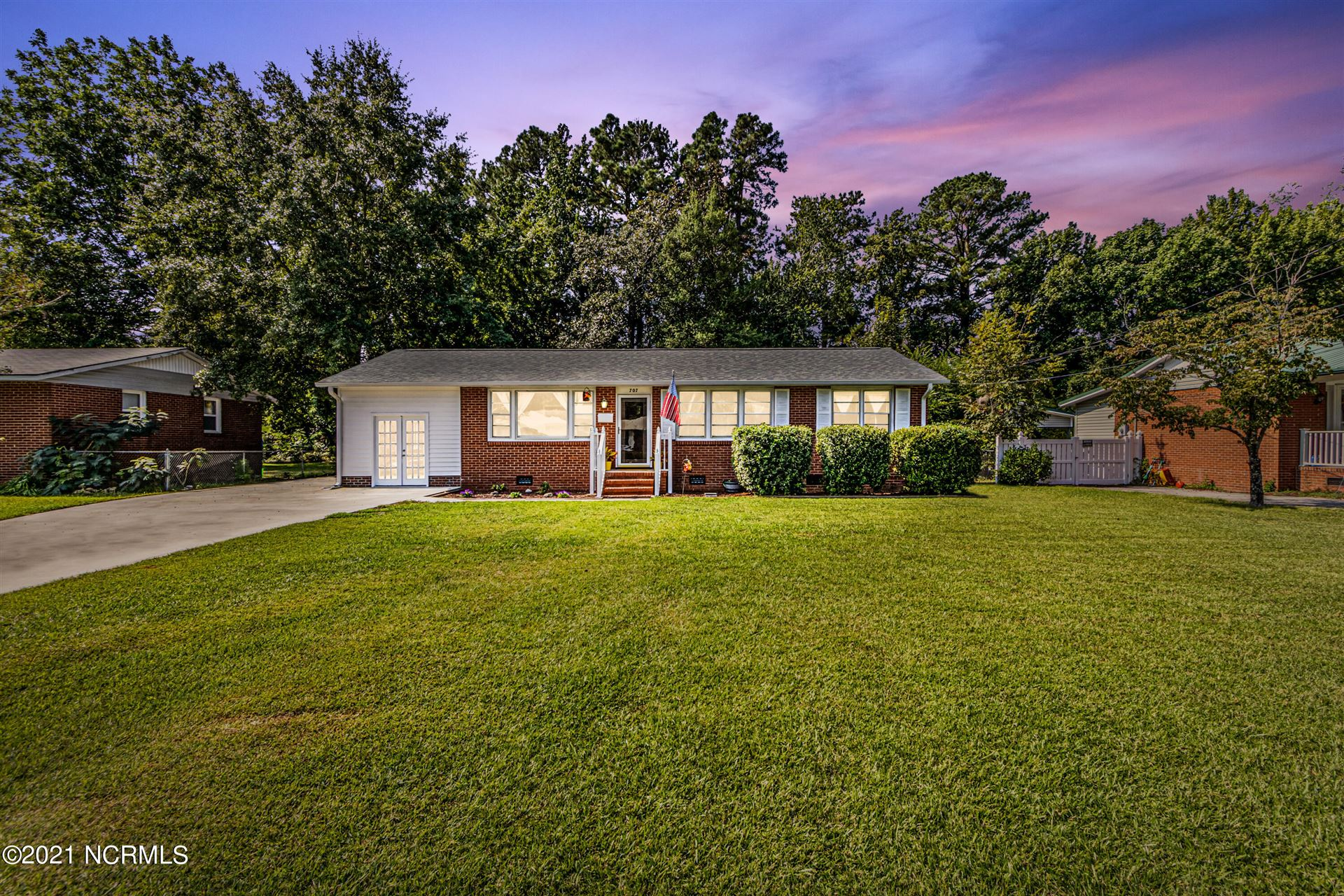 Photo of 707 Waltmore Street, Jacksonville, NC 28540 (MLS # 100293403)