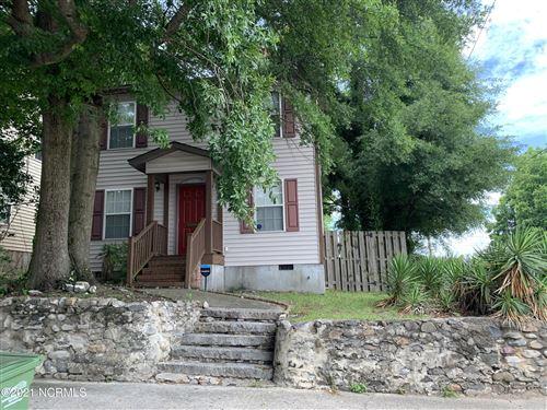 Photo of 919 Chestnut Street, Wilmington, NC 28401 (MLS # 100275404)