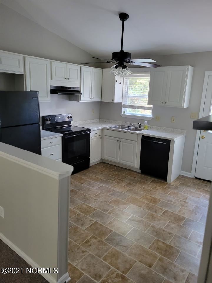 Photo of 418 Cedar Creek Drive, Jacksonville, NC 28540 (MLS # 100295405)