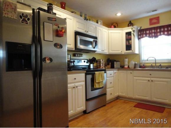 Photo of 114 Joshua Norman Drive, New Bern, NC 28562 (MLS # 100290406)