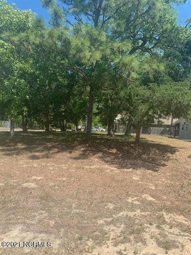 Photo of 308 W Oak Island Drive, Oak Island, NC 28465 (MLS # 100268407)