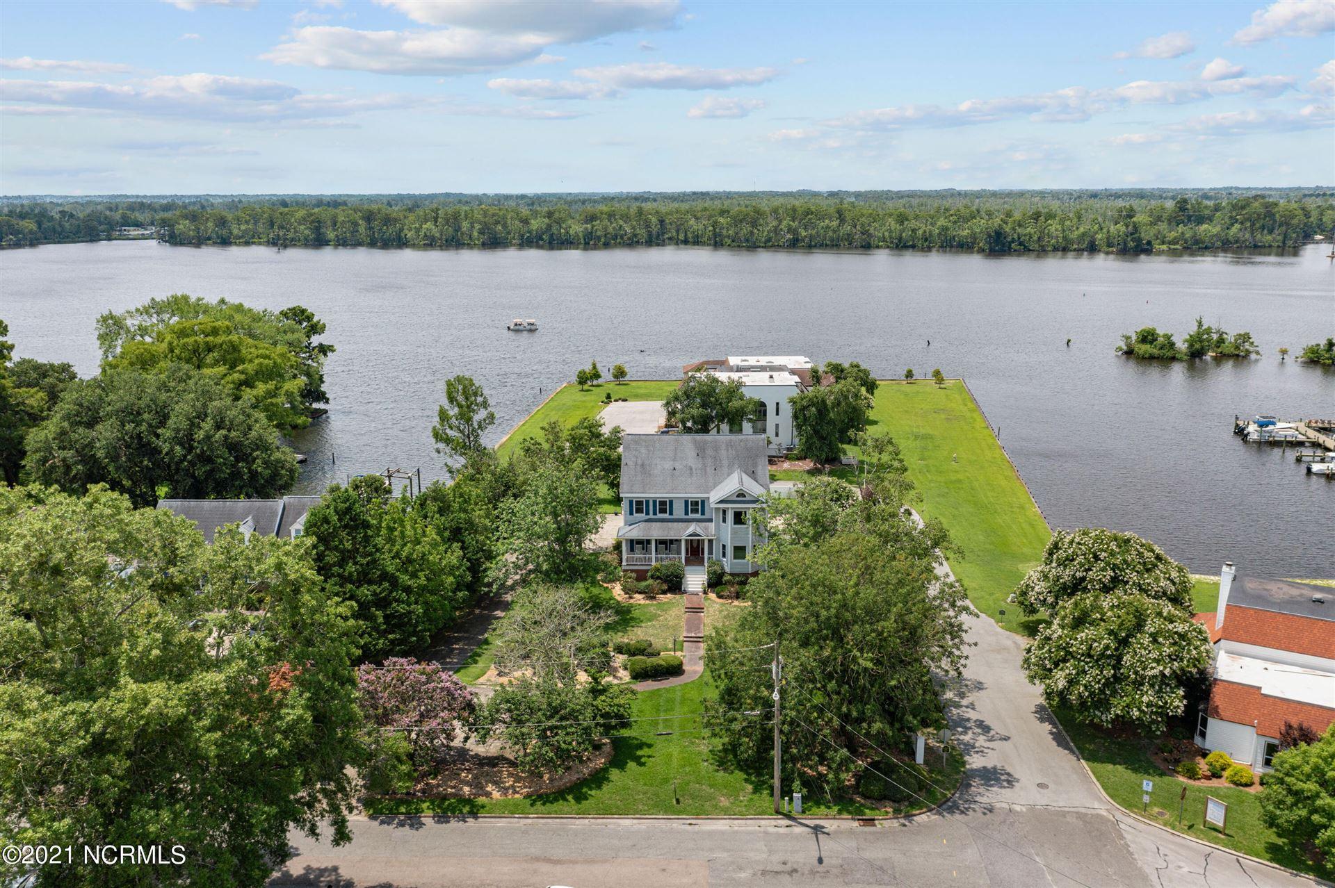 Photo of 111 River Chase, Washington, NC 27889 (MLS # 100249407)