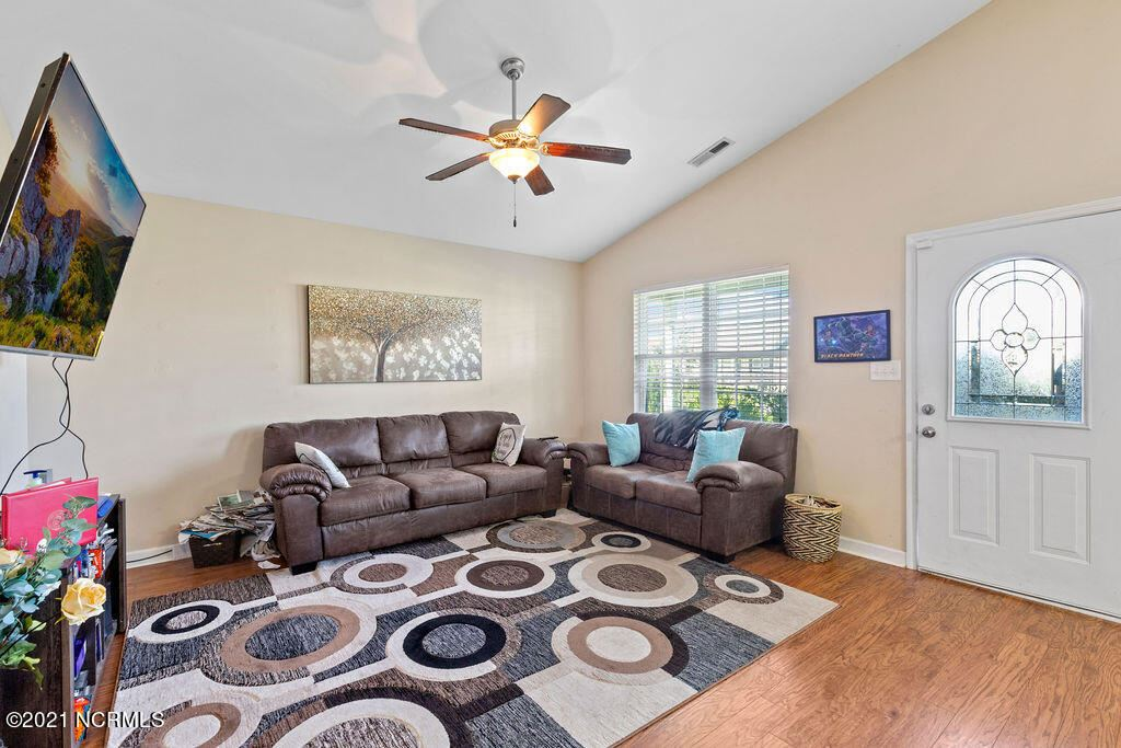 Photo of 230 Rowland Drive, Richlands, NC 28574 (MLS # 100286408)