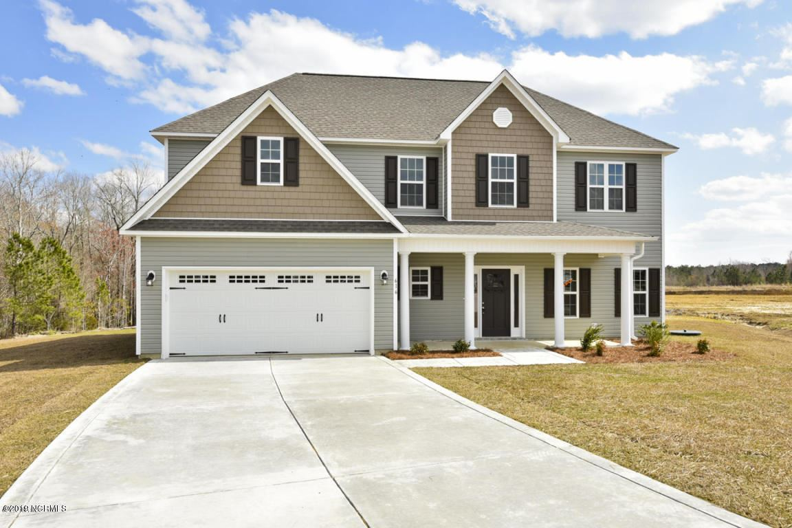 Photo for 507 Black Pearl Circle, Jacksonville, NC 28546 (MLS # 100256409)
