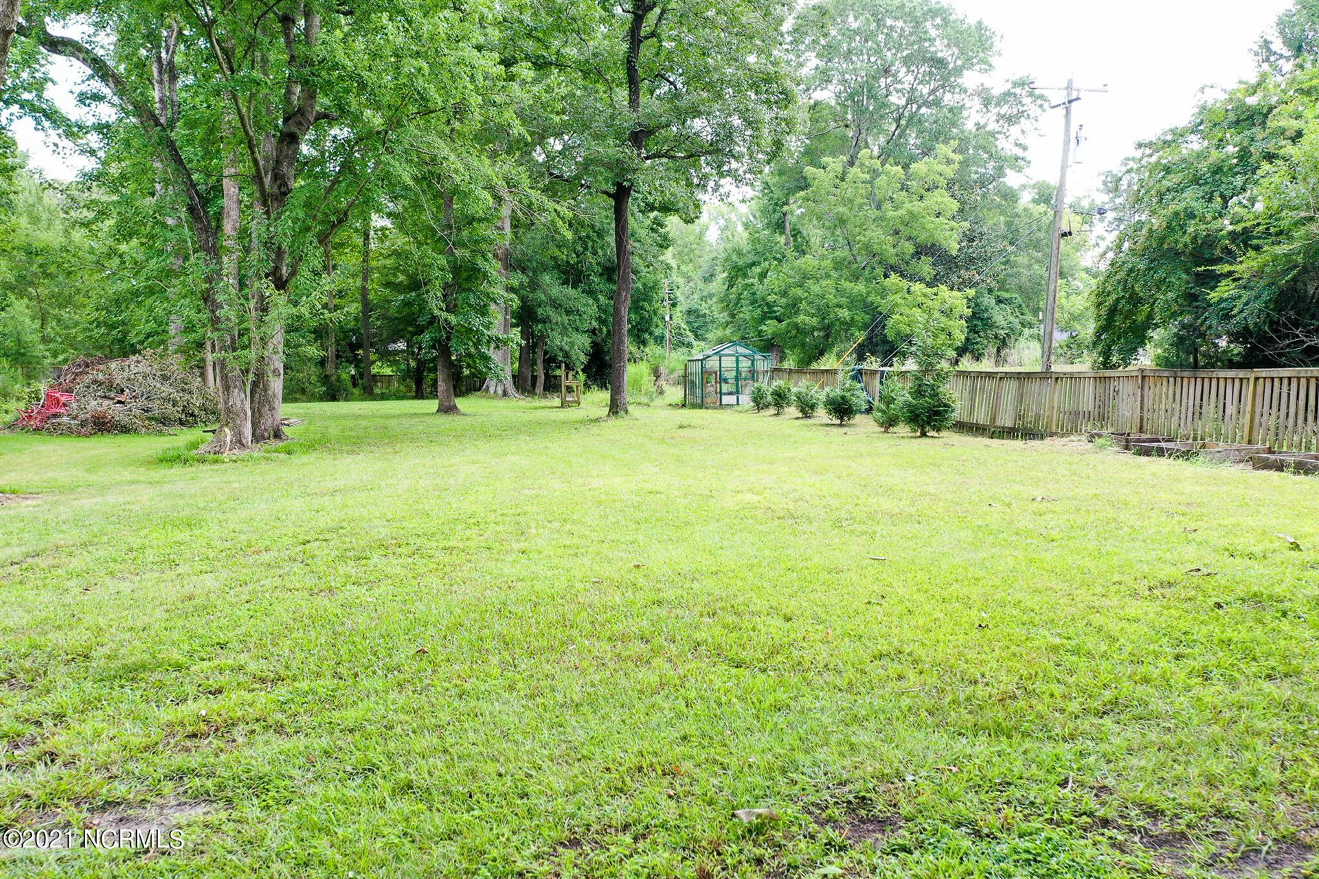 Photo of 3042 Hounds Circle, Trent Woods, NC 28562 (MLS # 100288409)
