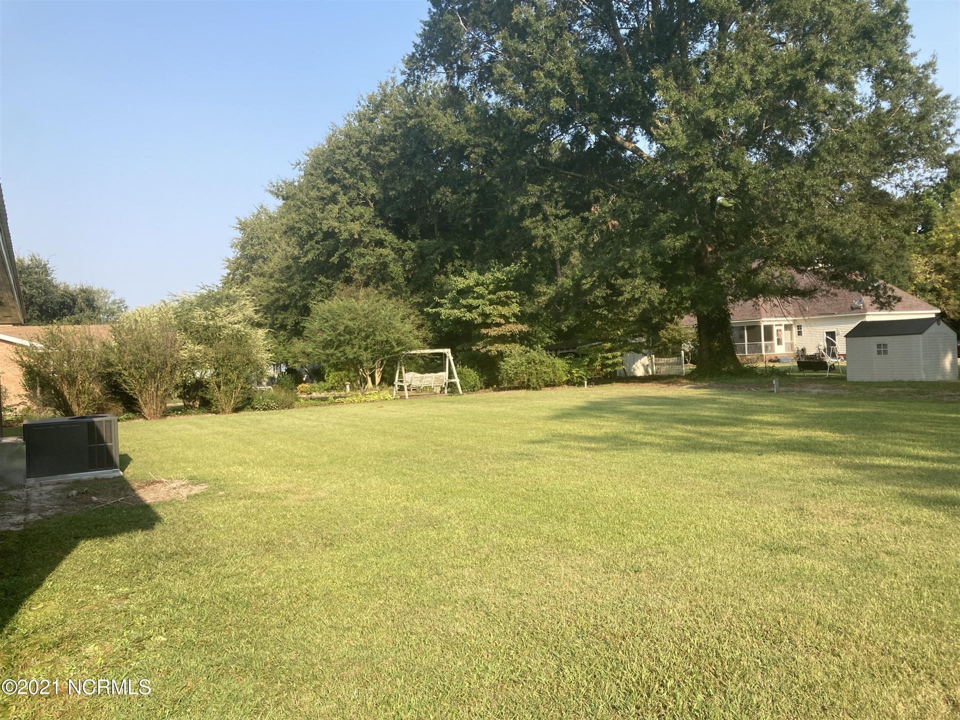 Photo of 698 Central Avenue, Kinston, NC 28504 (MLS # 100290409)