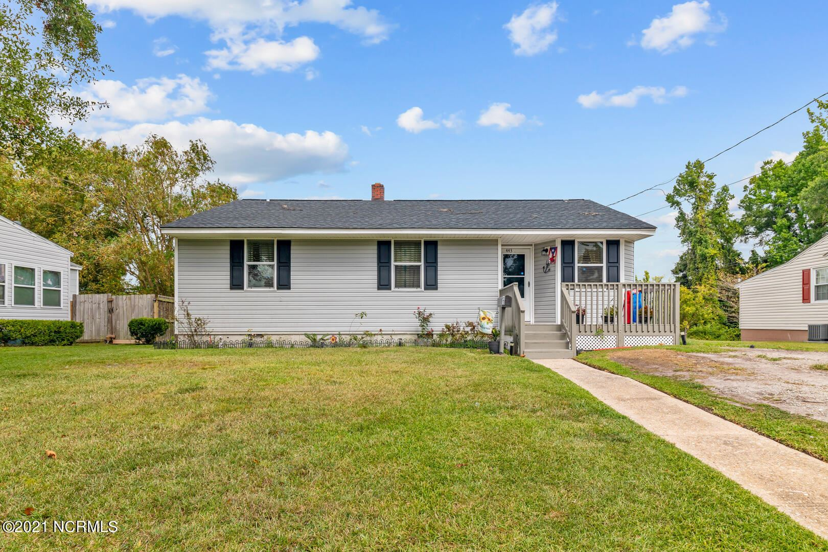 Photo of 443 Nelson Drive, Jacksonville, NC 28540 (MLS # 100291409)