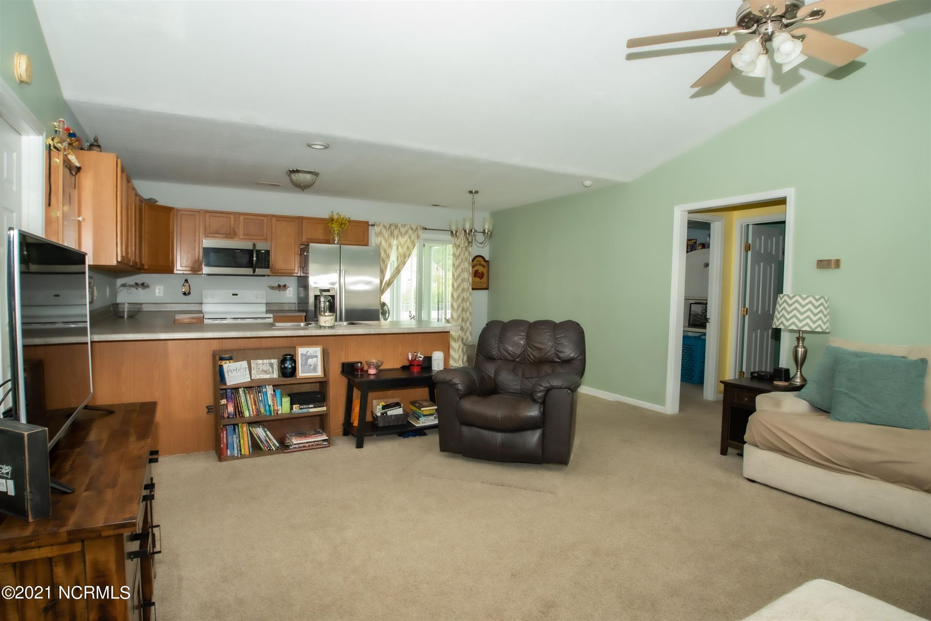Photo of 126 Sweet Bay Drive, New Bern, NC 28560 (MLS # 100290410)