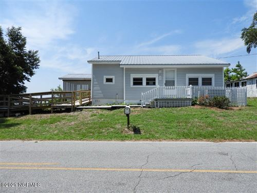 Photo of 498 Old Pamlico Beach Road E, Belhaven, NC 27810 (MLS # 100253414)