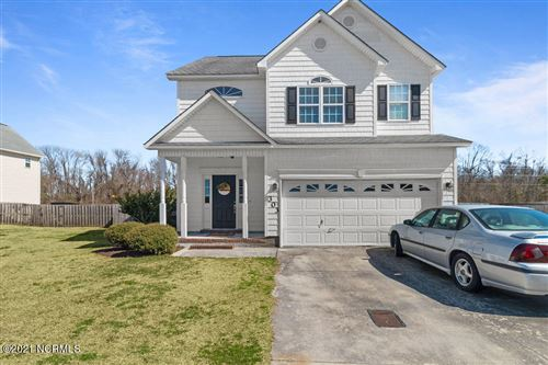 Photo of 303 Combine Court, Richlands, NC 28574 (MLS # 100258414)