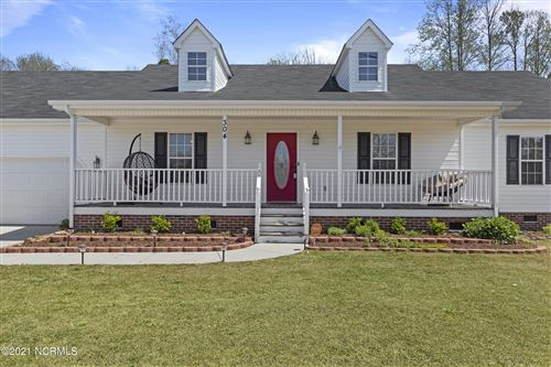 Photo of 304 Crest Place, Jacksonville, NC 28540 (MLS # 100261414)