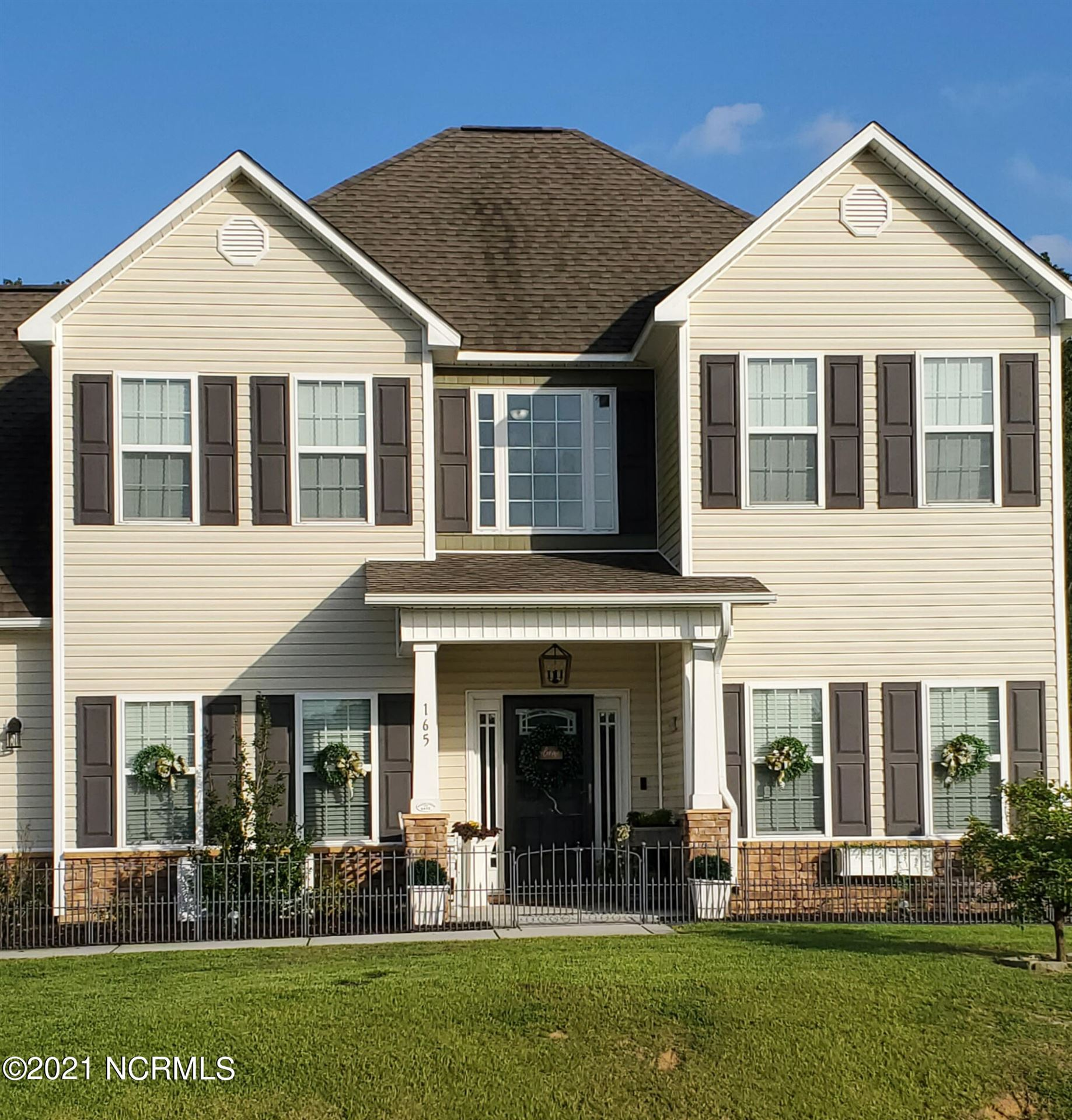 Photo of 165 Prelude Drive, Richlands, NC 28574 (MLS # 100289415)