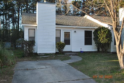 Photo of 1049 Spring Villa Drive, Jacksonville, NC 28540 (MLS # 100200416)