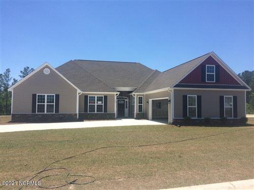 Photo of 903 Farmyard Garden Drive, Jacksonville, NC 28546 (MLS # 100231416)