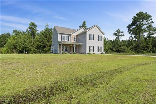 Photo of 109 Sunny Point Drive, Richlands, NC 28574 (MLS # 100231420)