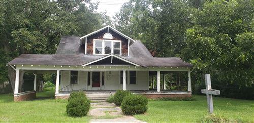 Photo of 310 SE Third Street, Snow Hill, NC 28580 (MLS # 100237420)