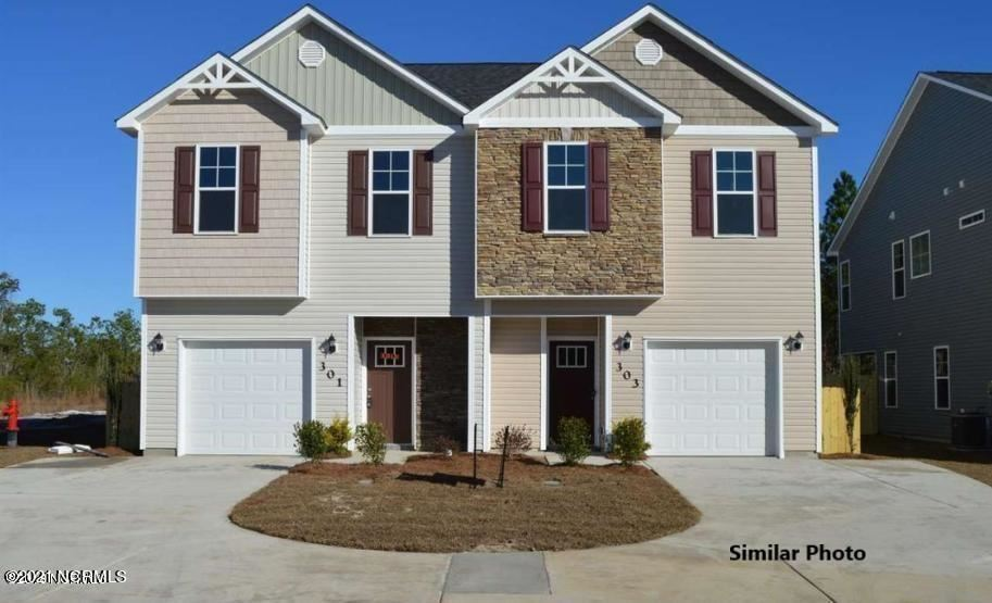 Photo for 419 Vandemere Court, Holly Ridge, NC 28445 (MLS # 100265421)