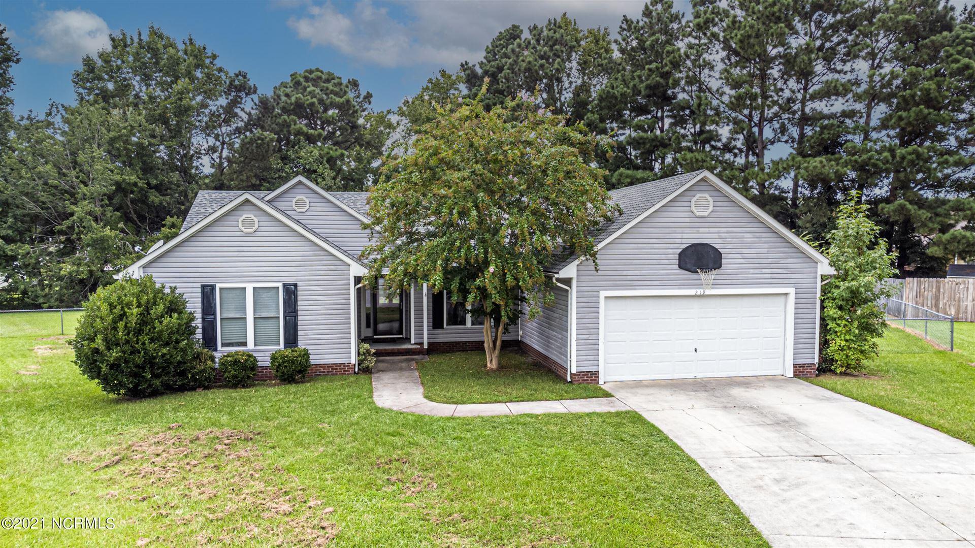 Photo of 219 Stone Point Lane, Jacksonville, NC 28540 (MLS # 100289423)