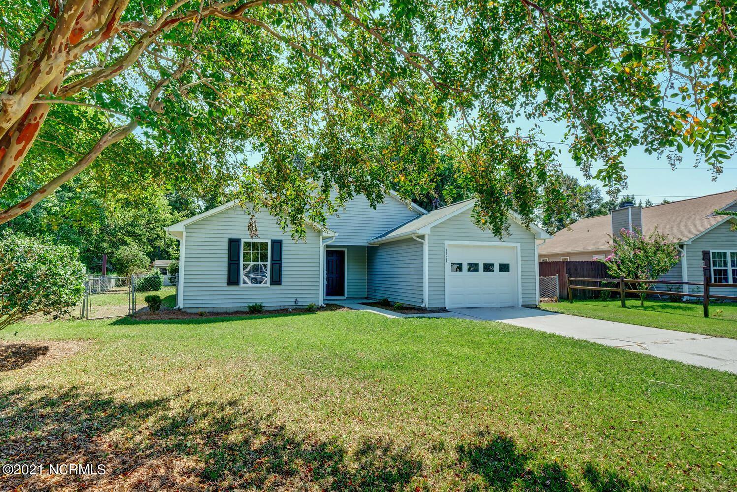 Photo of 1154 Shroyer Circle, Jacksonville, NC 28540 (MLS # 100290424)