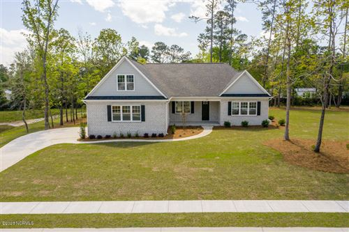 Photo of 646 Crown Pointe Drive, Hampstead, NC 28443 (MLS # 100193426)