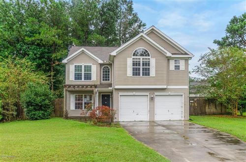 Photo of 104 Trinity Drive, New Bern, NC 28560 (MLS # 100236426)