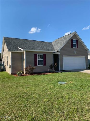 Photo of 111 Crooked Run, New Bern, NC 28560 (MLS # 100211427)